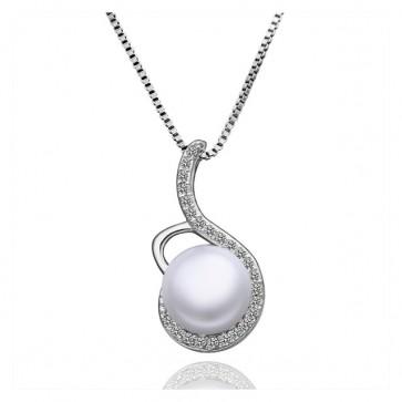 """Пленително дамско колие """"Триумф"""" с бяла перла и австрийски кристали"""