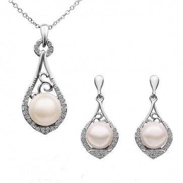 Комплект бижута с перли, колие и обеци с бяло златно покритие