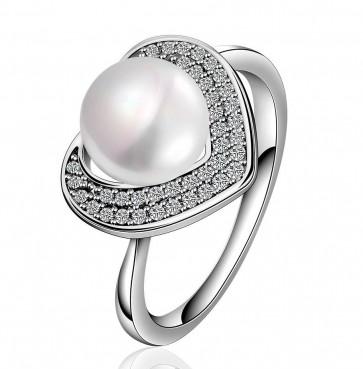 Дамски пръстен с бяла перла и бяло златно покритие