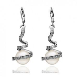 Дамски обеци с бели перли, австрийски кристали и бяло златно покритие