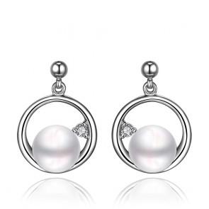 """Дамски перлени обеци """"Триумф"""" с бели австрийски кристали"""