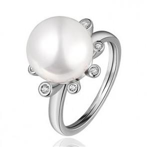 """Дамски пръстен """"Бетина"""" с бяла перла и 18 карата бяло златно покритие. Код: PS114."""