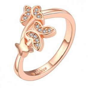 """Дамски пръстен """"Пеперуди"""" с кристали CZ циркон и 18 карата розово златно покритие. Код: PS120."""