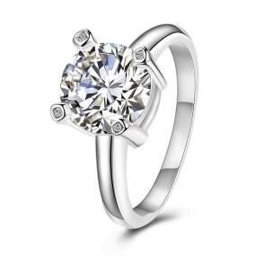 Дамски пръстен с бял кристал циркон и сребърно покритие