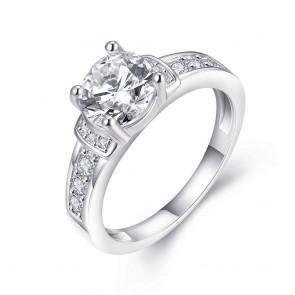 """Дамски пръстен """"Снежна Кралица"""" с бял кристал CZ Циркон и платинено покритие"""