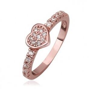 """Дамски пръстен """"Златно сърце"""" с кристали CZ Циркон и 18 карата розово златно покритие. Код: PS125."""