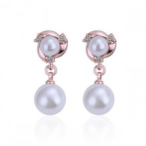 Нежни дамски обеци с бяла перла, австрийски кристали и розово златно покритие