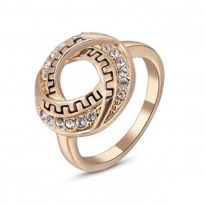 Изискан пръстен за дами с австрийски кристали и розово златно покритие