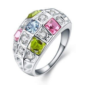 Масивен пръстен за дами с многоцветни австрийски камъни и платинено покритие