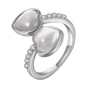 """Дамски пръстен """"Две Влюбени Сърца"""" с бял опал и бяло златно покритие"""