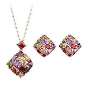 Комплект дамски бижута, колие и обеци с многоцветни циркониеви камъни и златно покритие