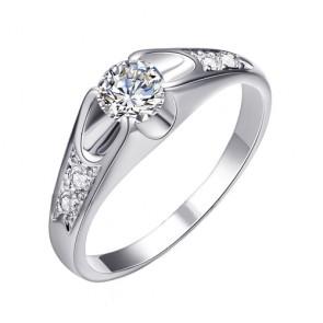 Дамски пръстен с бели австрийски кристали, циркон и бяло златно покритие