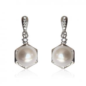 Висящи дамски обеци с бяла перла, австрийски камъчета и бяло златно покритие