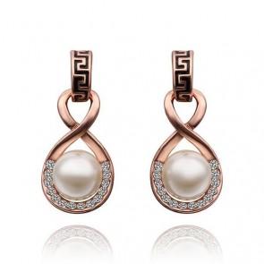 Висящи дамски перлени обеци с австрийски кристали и златно покритие